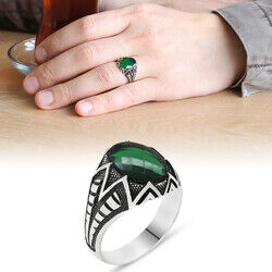 925 Sterling Silver Mens Ring with Green Zirconia Stone