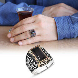 925 Sterling Silver Mens Ring with Black Onyx Motif