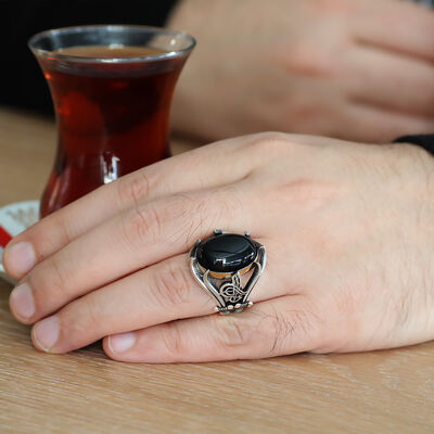 Men's ring in 925 sterling silver with black onyx, embroidered Tugra and a sword